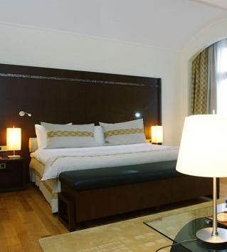 Crowne Plaza Brussels